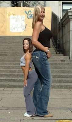 tall girl by lowerrider on DeviantArt Giant People, Tall People, Long Tall Sally, Rihanna, Vaquera Sexy, Human Oddities, Tall Guys, Tall Women, Stand Tall