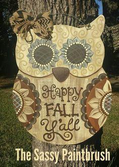 Owl Door Hangers, Burlap Door Hangers, Owl Wreaths, Autumn Wreaths, Wood Owls, Owl Crafts, Owl Patterns, Wooden Shapes, Wood Cutouts