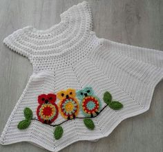 Diy Crafts - No pattern, but looks like Red Heart chevron chic baby dress with owl motif similar to Repeat Crafter Me: All Free Crochet, Crochet Bebe, Baby Girl Crochet, Crochet Baby Booties, Baby Sweater Patterns, Baby Girl Patterns, Baby Knitting Patterns, Diy Crafts Crochet, Crochet Projects