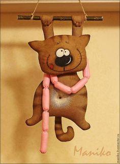 Игрушки животные, ручной работы. Ярмарка Мастеров - ручная работа. Купить Интерьерная игрушка Кот с сосисками. Handmade. кофейная игрушка