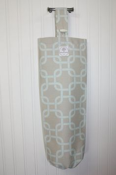 Plastic Grocery Bag Holder Teal and Beige by appledaledesigns