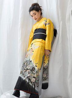 Kimono Design, Yukata, Kimono Top, Womens Fashion, Tokyo, Products, Women's Fashion, Tokyo Japan, Woman Fashion