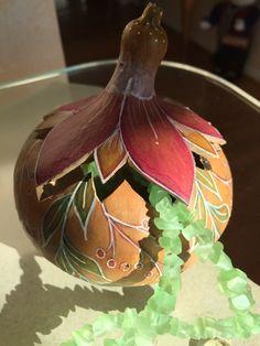 Flower jewelry gourd