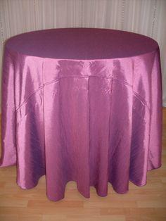 Mauve Faux Silk (reversible) #linen #purple #chairdecor #linenfactory #event #finelinen #tabledecor