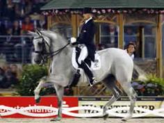 Andreas Helgstrand riding Blue Hors Matine - YouTube