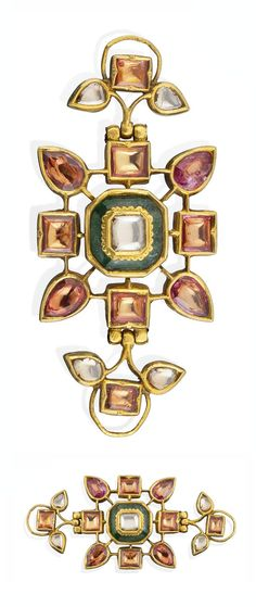 North India - Deccan | Bazuband; gold set with diamonds, foiled emerald, pink foiled gemstones.  Reverse enamelled. L: 6.6 cm | 19th century | 3'000£ ~ sold (Oct '12)
