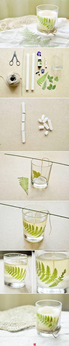Falevéllel díszített gyertya üvegben