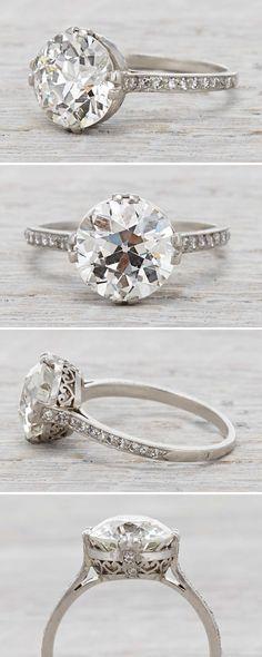 Art Deco vintage engagement ring with a 3.77 Carat Diamond Circa 1920