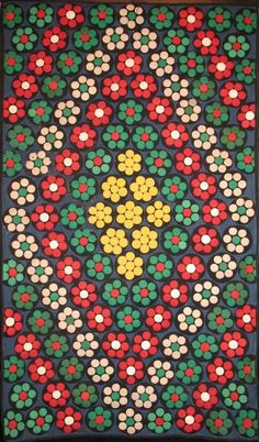 antique penny rug patterns - Home Decor Wool Embroidery, Wool Applique, Little Flowers, Small Flowers, Penny Rug Patterns, Mandala Dots, Penny Rugs, Dot Painting, Rug Hooking