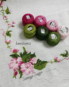 Cross Stitch Rose, Cross Stitch Embroidery, Cross Stitch Patterns, Ethnic Bag, Diy Clothes, Simple, Handmade, Stitch Patterns, Towels