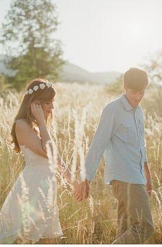 romantic engagement shoot, photo: Laura Nelson Photography