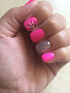 Hot pink nails for vacation