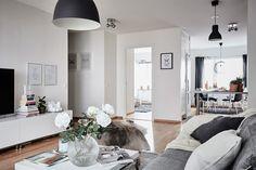 bostadervitec - 55 kvadrat Small Apartment Decorating, Apartment Ideas, Small Apartments, Sweet Home, Gallery Wall, Living Room, Interior Design, Inspiration, Furniture