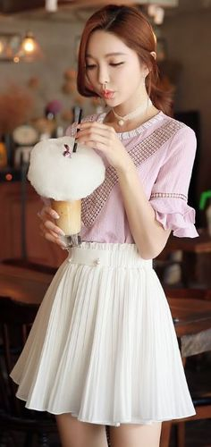 StyleOnme_Pearl Button Detail Pleated Skort #baby #light #pink #pastel #white #skirt #lace #pleated #girly #cute #lovely #sweet #datelook #koreanfashion #kstyle #cafe #seoul