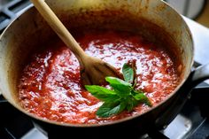 NYT Cooking: Quick Fresh Tomato Sauce