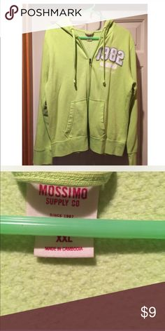 XXL GREEN ZIP UP HOODIE XXL GREEN ZIP UP HOODIE bundle and save Jackets & Coats