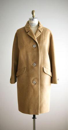 CAPPUCCINO 1960s camel wool winter coat