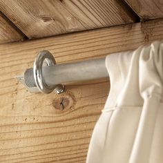 Home Decor Videos Detail of Curtain Rod Conduit in Screw Eye. Screened Porch Curtains, Outdoor Curtains For Patio, Porch Privacy, Privacy Screen Deck, Privacy Curtains, Outdoor Privacy, Pergola Drapes, Screened Porch Decorating, Burlap Curtains