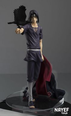 Series Naruto Shippuden Itachi Uchiha- Itachi is the newest G. With his Akatsuki cloak in one hand and a crow on the other, this figure brings out the silent and mysterious charm of Itachi! As a display piece, it goes perfectly with the Itachi Uchiha, Naruto Oc, Guerrero Ninja, Figurine Anime, Action Figure Naruto, Akatsuki Cloak, Anime Toys, Anime Merchandise, Awesome Anime