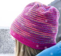 Hakka lue // tunisian or afghan crochet. Yarn from www.snurre.fi -  Louhittaren Luola Sport Väinämöinen colours Sirkus and Ärjy Knit Hats, Knitting, Crochet, Fashion, Knitted Hats, Moda, Tricot, La Mode, Breien