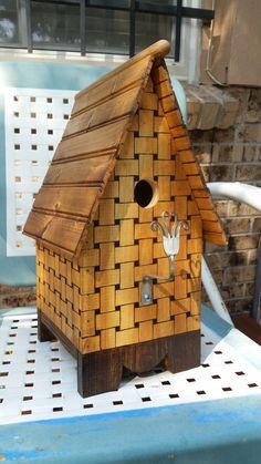 Basket weave birdhouse
