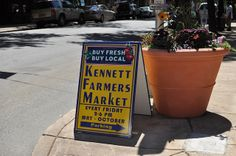 Kennett offers a farmers market every Friday which is AWESOME! I love going downtown and grabbing fresh veggies, homemade soaps...and other fun goodies!