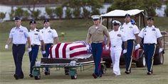 Exhuman a víctimas de Pearl Harbor para identificarlas