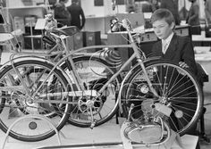 "Подростковый велосипед, выпускаемый Шауляйским веломоторным заводом ""Вайрас"" Back In The Ussr, Soviet Art, Gym Equipment, Bicycle, Bike, Bicycle Kick, Trial Bike, Workout Equipment, Exercise Equipment"