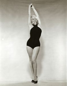Marilyn Monroe real women have curves