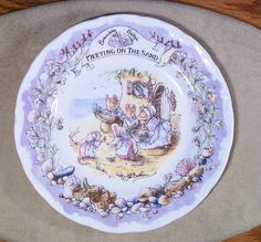 "Brambly Hedge plate ""Meeting on the Sand"""