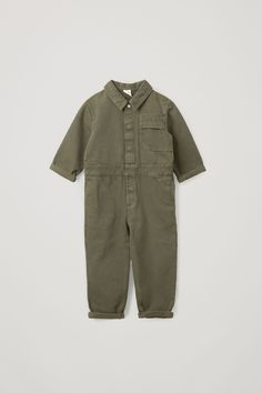 ORGANIC COTTON BOILERSUIT - Khaki - Children - COS GB Small Wardrobe, Boiler Suit, Little Designs, Color Khaki, Dubai Fashion, Japanese Fashion, Colorful Fashion, Kids Wear, Toddler Boys