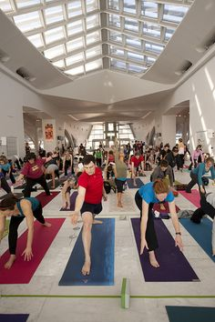Yoga @ the Museum by Milwaukee Art Museum, via Flickr