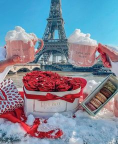 Love You More, Adventure Travel, Valentines, Paris, Hui, Friendship, Roses, France, Couples