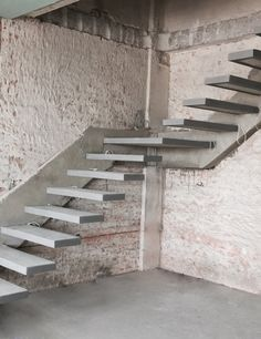 Useful Information About Staircase And Their Details - Engineering Discoveries Spiral Stairs Design, Home Stairs Design, Home Design Floor Plans, Railing Design, Interior Stairs, Cantilever Stairs, Concrete Staircase, Floating Staircase, Architect Design House