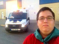 SELFIE DE BUENOS DÍAS MUNDO desde HUESCA !!  Hoy, con cierto retraso, os damos los buenos días con el saludo que nos envía desde Huesca, Aragón, nuestro compañero @Pablo Lasheras, de Ambulancias Aragón.  Buenos días HUESCA, buenos días mundoooo...!!!!  #ambulancias #emergencias #TES #TTS #ambulances #ambulancies  http://www.ambulanciasyemergencias.co.vu/2015/08/selfie.html