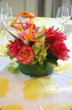 Bird of paradisde flower arangement with green cymbidium orchids, coral peony and red ginger  - n cebolla #birdofparadise #flowerarrangement #tropicalflowers
