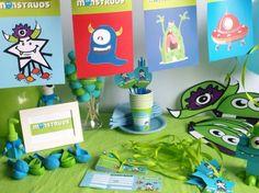 CAJA TEMÁTICA DE MONSTRUOS - Todo lo que necesitas para la decoración de tu fiesta infantil o cumpleaños temático: guirnaldas, globos, caretas, medallas, vasos personalizados, pajitas, manteles, … y mucho más. ¡¡Celebra tu cumpleaños infantil personalizado más original y divertido!! $40.80