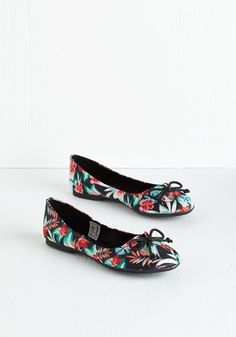 My Stroll-Mate Flat in Tropical. Each time you step into these charming ballet flats, you can almost see the stars aligning! #black #modcloth