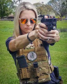 text and Fighter Girl Gun for women rules Tough Girl, Female Soldier, Warrior Girl, Military Women, N Girls, Badass Women, Fit Women, Pose, Weapons