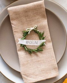 Winter Entertaining: 10 DIY Place Setting Ideas | Apartment Therapy