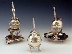 El trabajo del orfebre argentino Marcelo Toledo. Aquí los compañeros de plata enviados como regalos oficiales argentinos para William y Kate boda real.