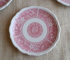 Syracuse Red and White Plates Set of 4 Vintage Small Plates Red Floral Design Mid Century Restaurant Ware Syracuse China by RandomAmazing on Etsy
