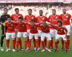 1ª equipa oficial do Glorioso SLB época 2011-2012 (Benfica 2 - Trabzonspor 0)