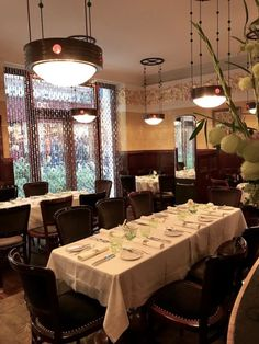 Fine Dining Fine Dining, Vienna, Conference Room, Table Settings, Restaurant, Interior Design, Furniture, Home Decor, Twist Restaurant