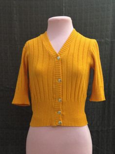Vintage Mustard Yellow 3/4 sleve Cardigan S/M $20