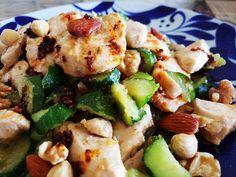 ガツンとうまい「野菜炒め」の作り方。ごまドレと炒めるだけ!(bizSPA!フレッシュ) - Yahoo!ニュース Kung Pao Chicken, Cobb Salad, Potato Salad, Potatoes, Cooking, Ethnic Recipes, Food, Kitchen, Potato