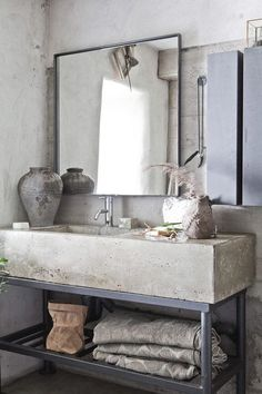 Vintage Home Get this Vintage Industrial decor for your industrial loft - The vintage interior decor never goes out of style. This vintage bathroom decor is such an excellent example if you want your vintage home decor to shine. Decor, Interior Design, House Interior, Industrial Bathroom Decor, Concrete Countertops, Interior, Concrete Bathroom, Bathroom Countertops, Home Decor