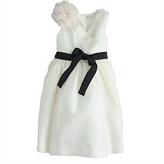 Planning a navy themed wedding? This belted flower girl dress is precious! #flowergirl