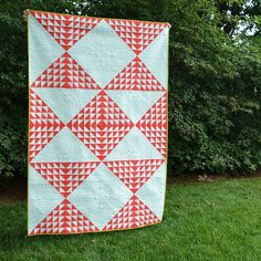 @maychappell It's my Converging Hours quilt! Featured in Modern Patchwork's Fall issue. Amazing quilting by Russ Adams of @thebackporchquilters. Fabric by @missletterm & @kmelkight of @cottonandsteel #modernpatchwork #MayChappell #ontheblog - See more at: http://iconosquare.com/viewer.php#/detail/1097761170378797458_198022379