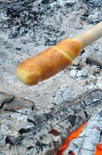 Campfire Eclairs | 27 Delicious Recipes To Try On Your Next Camping Trip